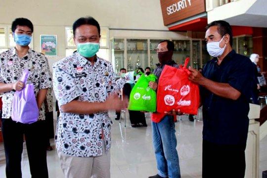 RSMS Purwokerto salurkan ribuan paket sembako untuk warga miskin
