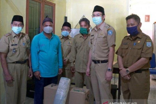 Pemkab Bangka Barat salurkan bantuan ke masjid