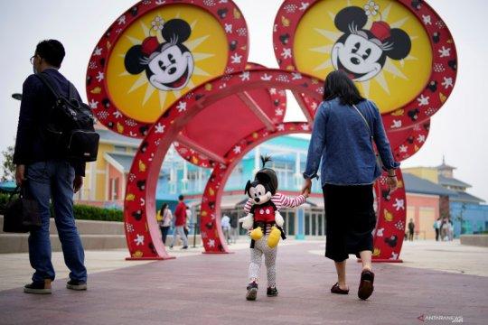 Shanghai Disneyland bersiap untuk dibuka