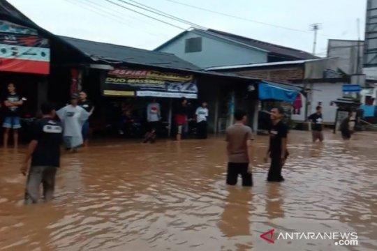 Banjir rendam sejumlah lokasi di Kota Sukabumi