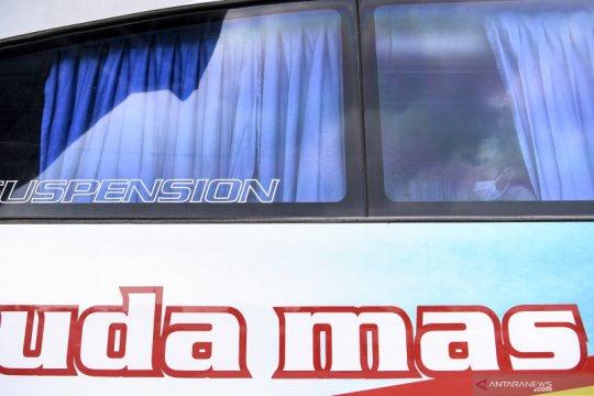 Pengoperasian bus AKAP Terminal Pulogebang