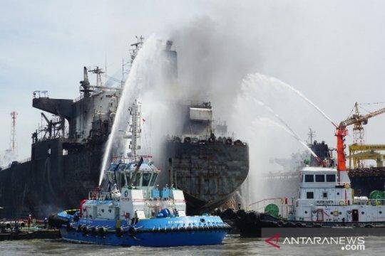 Kronologis kebakaran kapal tanker di Pelabuhan Belawan