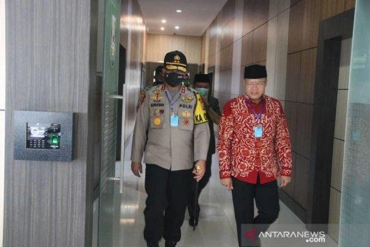 Hasil tes swab kedua mantan Kapolda Bengkulu negatif
