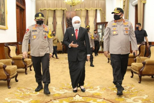 Gubernur optimistis Kapolda Fadil Imran cepat adaptasi di Jatim