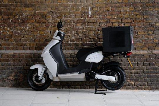 GreenMo sumbangkan moped listrik untuk layanan antar makanan