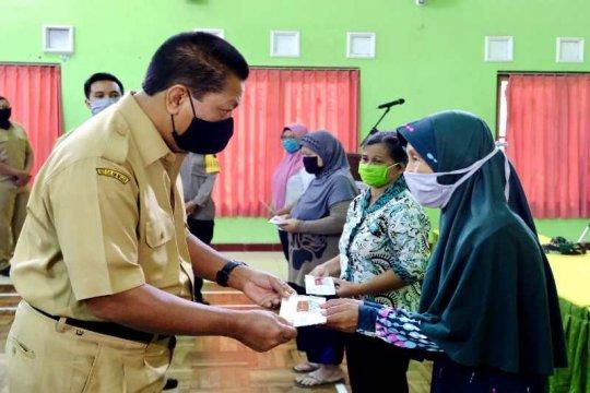 3.737 KPM Kota Magelang terima Kartu Keluarga Sejahtera