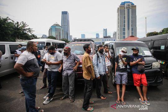 Polda Metro Jaya amankan 202 kendaraan yang coba angkut pemudik