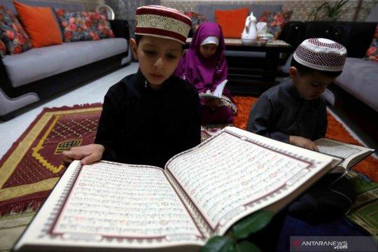 Aktivitas beribadah warga Yordania di bulan Ramadhan
