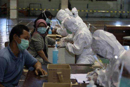 Sleman lakukan RDT 1.422 pengunjung swalayan Indogrosir