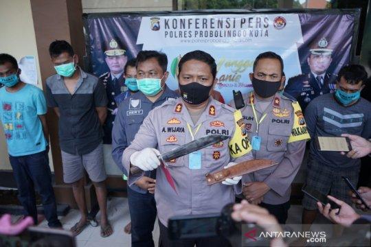 Polresta Probolinggo tangkap komplotan begal truk bersenjata tajam