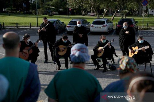 Konser musik untuk perawat di Lisbon