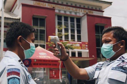 """21 warga binaan berpenyakit bawaan ikut """"rapid test"""" di Lapas Salemba"""