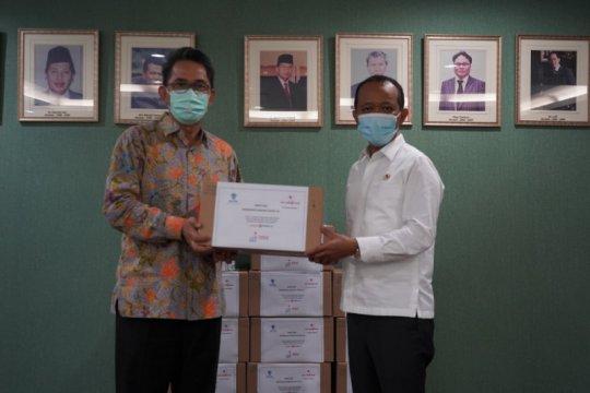 BKPM terima donasi 9.936 botol hand sanitizer dari Cap Lang