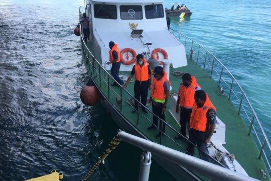 KSOP Tanjung Balai Karimun periksa kandasnya kapal Indonesia dan Iran