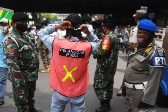 Pelanggar PSBB terbanyak di Jakarta tak pakai masker