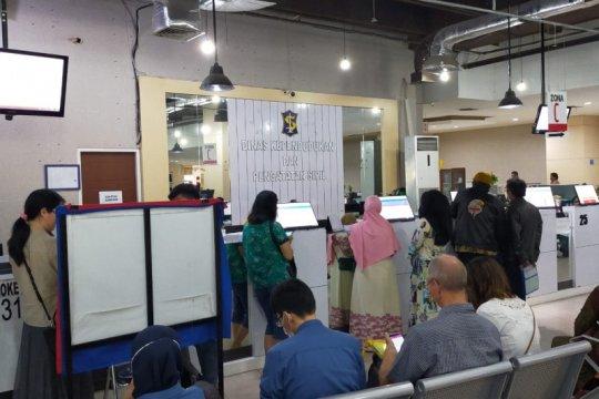 Kantor Dispendukcapil Surabaya ditutup akibat COVID-19