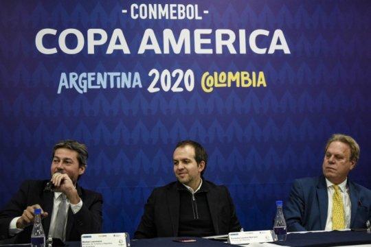 Jangan ludahi dan ciumi bola, kata CONMEBOL