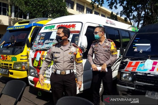 Polda Jatim amankan 54 kendaraan lakukan perjalanan mudik