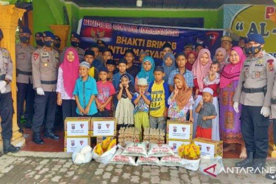 SatBrimob Polda Sumut beri bantuan sembako untuk Panti Asuhan di Medan