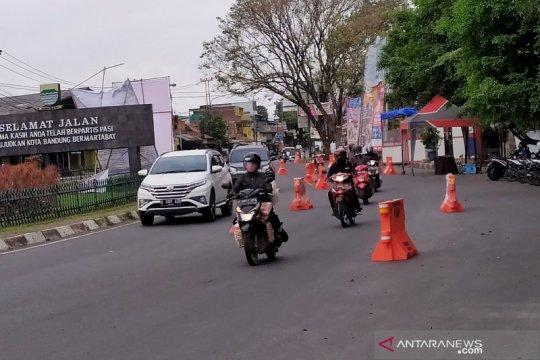 Pemkot Bandung tetap larang masyarakat mudik lokal