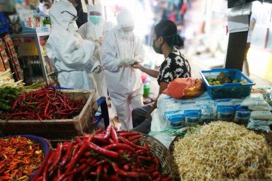"""Di pasar tradisional Makassar-Gowa 161 orang reaktif dari """"rapid test"""""""