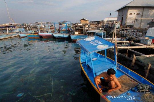 PMI bantu sembako 30 lansia di Pulau Panggang