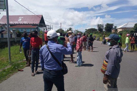 Warga Suku Kamoro saling serang, rebutan jabatan ketua Lemasko