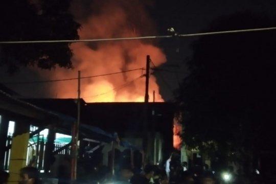 Bocor elpiji picu kebakaran di Tanjung Duren