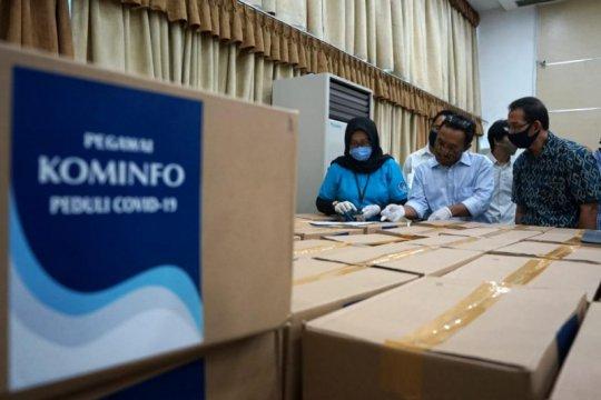 Pegawai Kominfo sumbang APD dan rapid test kit ke rumah sakit