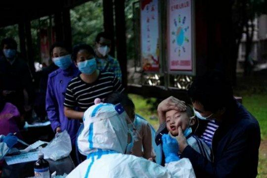 Otoritas kesehatan China gelar tes massal COVID-19 di Wuhan