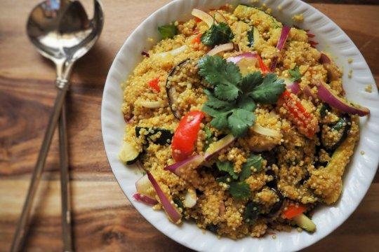 Menu Ramadhan - Salad nanas quinoa untuk bantu turunkan berat badan