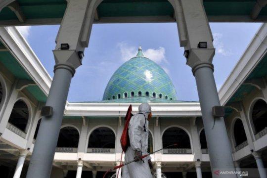 Sepekan, bantuan peserta JKN-KIS hingga panduan shalat Idul Fitri
