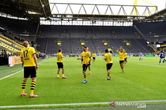 Selebrasi gol jaga jarak ala pemain Bundesliga