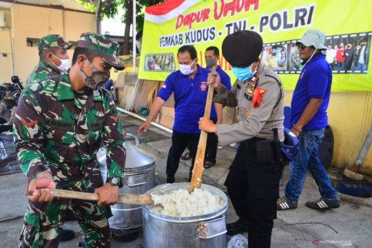 Dapur umum TNI dan Polri