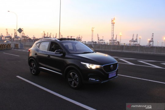 """Impresi MG ZS, SUV baru """"kawin silang"""" Inggris-China"""