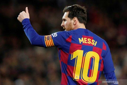 Daftar pemain terbaik versi Ronaldo, Messi nomor 1, tidak ada nama CR7