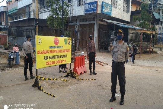 Barikade didirikan setelah Kota Jayapura berlakukan PSDD