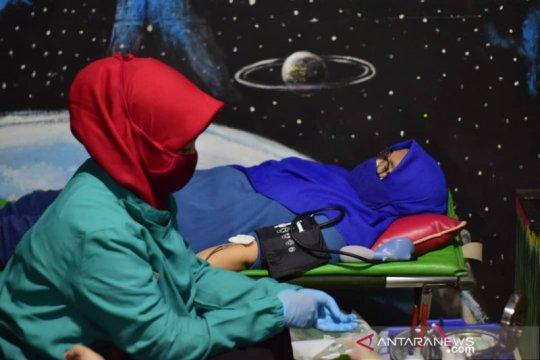 Warga Tangerang gelar aksi donor darah bersama PMI