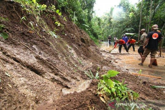 Bencana tanah longsor di Banyuwangi
