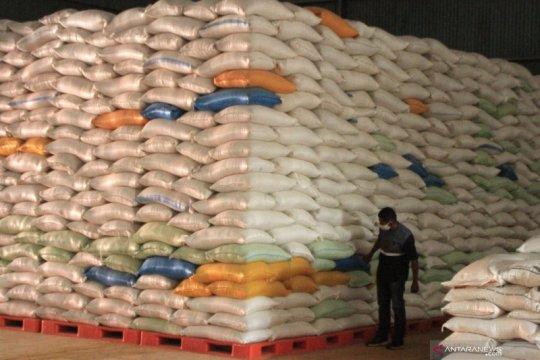 Bulog catat penjualan beras daring meningkat 497 persen