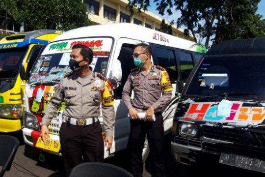 Polres Madiun amankan kendaraan angkut pemudik