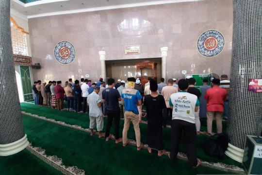 Warga Natuna diperbolehkan Sholat Id berjamaah di Masjid