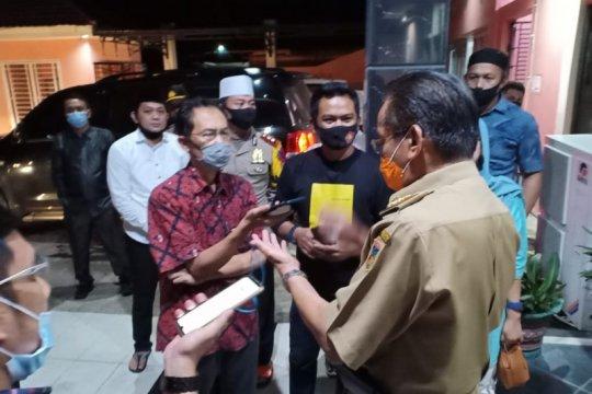 Gubernur Sulawesi Tengah instruksikan disinfeksi area kerja tiap 4 jam