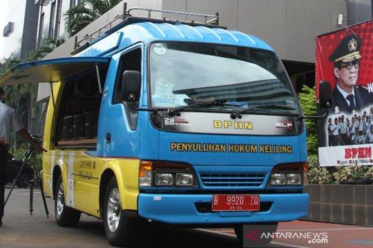 """BPHN sosialisasi peraturan PSBB di Jakarta via """"mobil penyuling"""""""