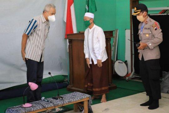 Gubernur Jawa Tengah bantu santri yang tidak bisa mudik akibat pandemi