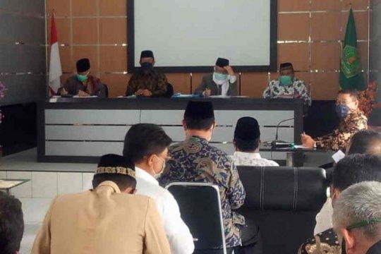 Majalengka izinkan Shalat Jumat dan Idul Fitri