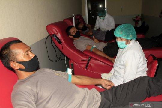 Lima pasien sembuh dari COVID-19 donorkan plasma darah ke PMI