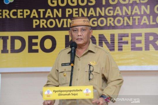 Gubernur Gorontalo menutup pusat perbelanjaan selama seminggu