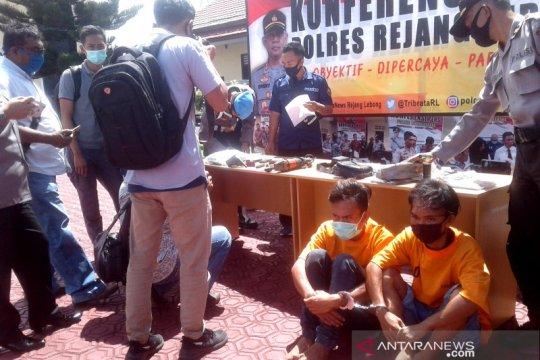 Polisi amankan pengedar narkoba bersenjata api di Rejang Lebong