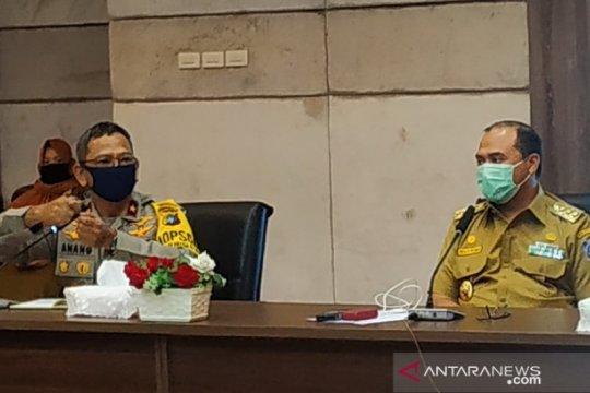Polda Bangka Belitung awasi langsung warga terindikasi COVID-19